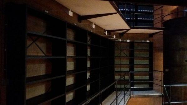 116 12-04-2018 Mejora de la iluminación de las estanterías laterales