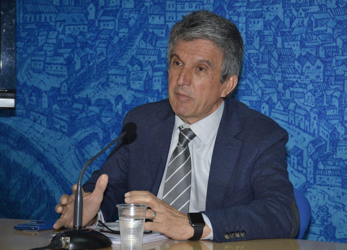 http://www.toledo.es/wp-content/uploads/2018/05/dsc3736-1200x866.jpg. El Ayuntamiento cumple con las tres reglas fiscales de estabilidad presupuestaria, deuda pública y regla de gasto que marca la ley