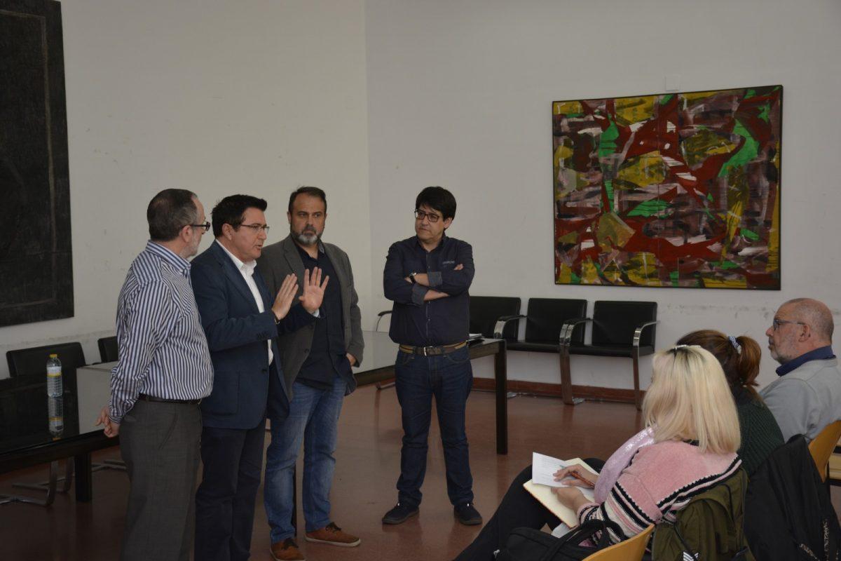 http://www.toledo.es/wp-content/uploads/2018/05/mesa-vivienda-01-1200x800.jpg. El I Plan de Vivienda y Rehabilitación culmina la fase de diagnóstico y sigue avanzando con las aportaciones ciudadanas