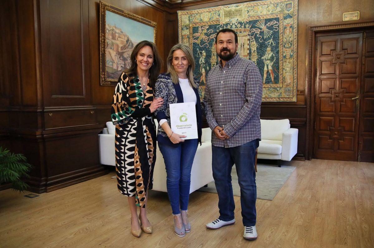 http://www.toledo.es/wp-content/uploads/2018/05/milagros-tolon_fundacion-luzon-1-1200x794.jpeg. Milagros Tolón anuncia que la capital regional iluminará de verde los monumentos más emblemáticos para sensibilizar sobre la ELA