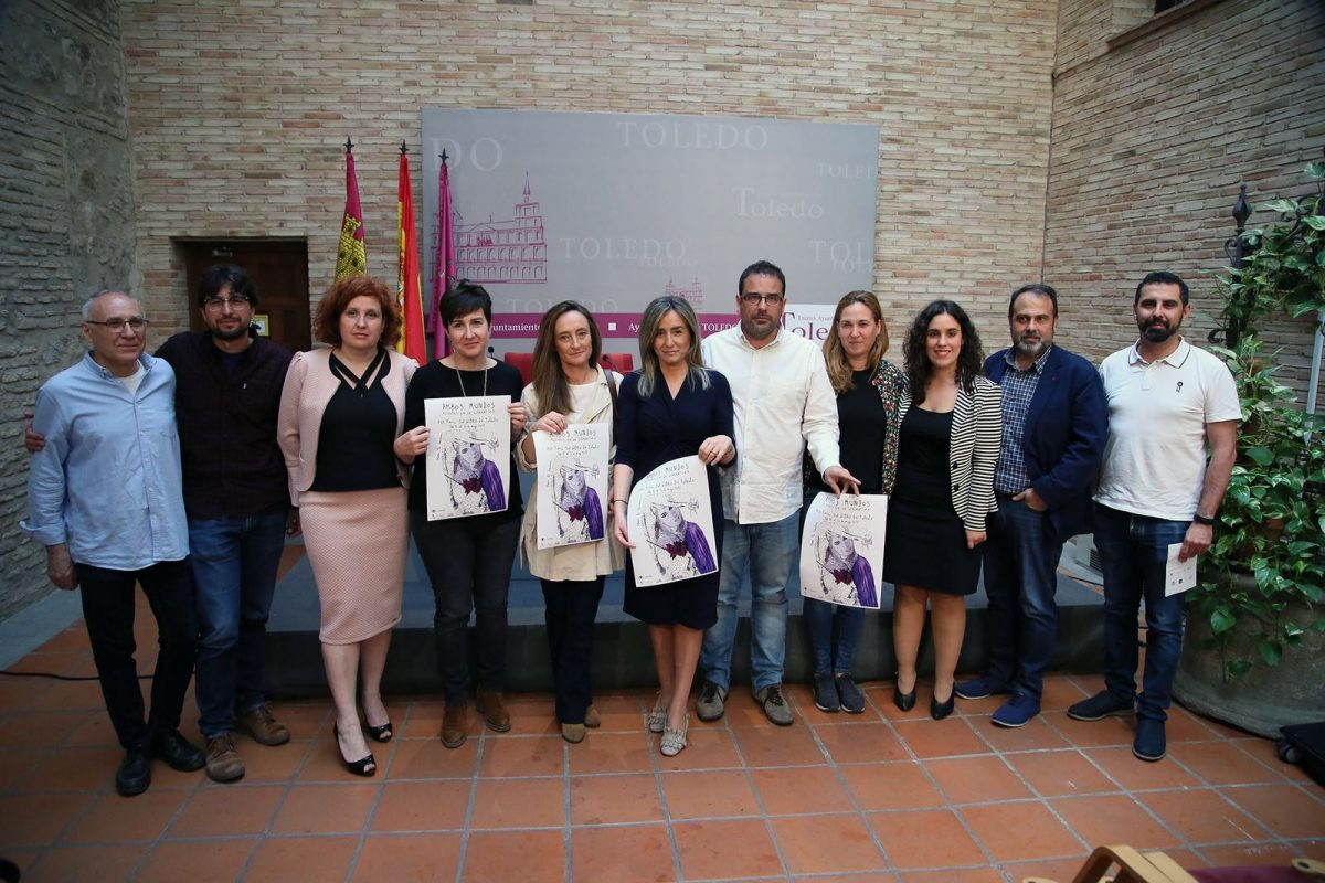 https://www.toledo.es/wp-content/uploads/2018/05/milagros-tolon_xiii-feria-del-libro-1200x800.jpeg. Milagros Tolón destaca que iniciativas como la XIII Feria del Libro son posibles al aunar esfuerzos entre Ayuntamiento y colectivos