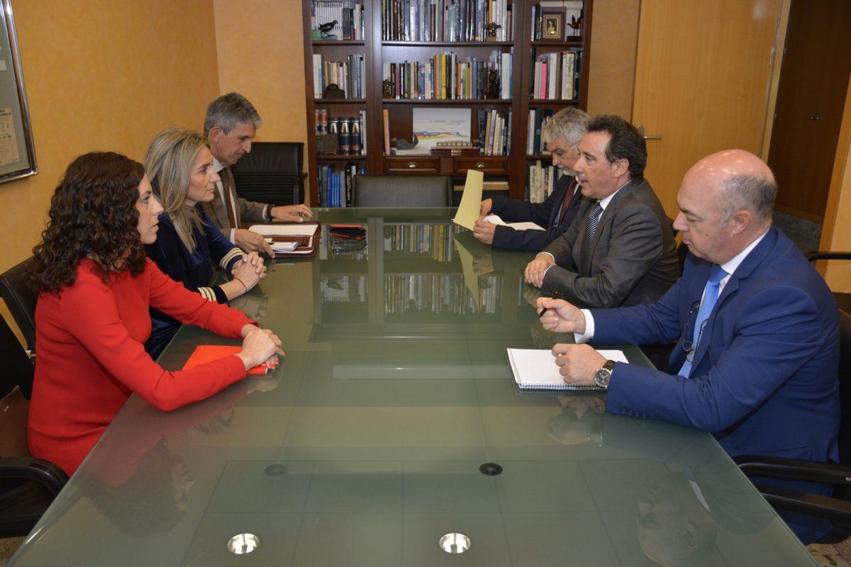 """http://www.toledo.es/wp-content/uploads/2018/05/reunion_cht-1200x800.jpg. El Ayuntamiento recibirá el informe de la CHT sobre el proyecto del Recinto Ferial de Safont """"en tres o cuatro semanas"""""""