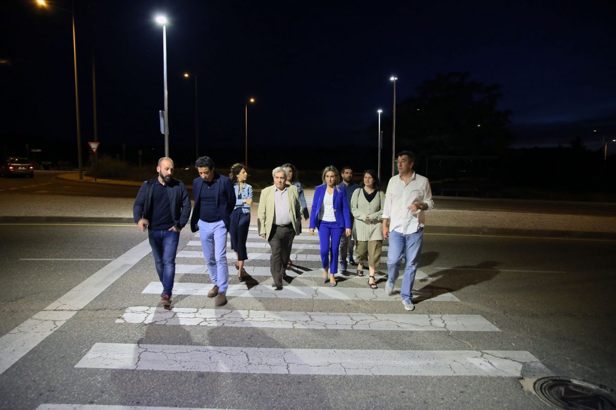 http://www.toledo.es/wp-content/uploads/2018/06/02_luminaria_poligono-1200x800.jpg. El Ayuntamiento completa el alumbrado de Río Arlés e incorpora un novedoso sistema de iluminación en los pasos de peatones