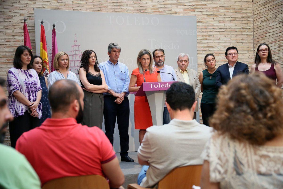 """Milagros Tolón: """"Hoy Toledo amanece con 4,3 millones más de inversiones en todos los barrios y menos deuda municipal"""""""