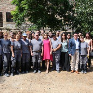 La alcaldesa visita las obras de la calle del Arroyo, que dan respuesta a una demanda histórica de vecinos de Santa Bárbara