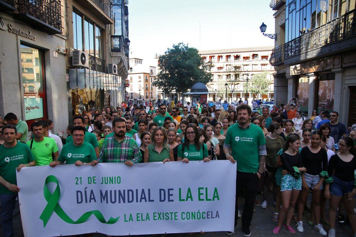 """http://www.toledo.es/wp-content/uploads/2018/06/51579769-f0f0-488e-a1b4-22e0a98f946f-1200x800.jpeg. La alcaldesa celebra que Toledo se sume a la visibilidad de """"una enfermedad tan cruel como es la ELA"""""""