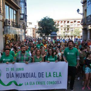 """La alcaldesa celebra que Toledo se sume a la visibilidad de """"una enfermedad tan cruel como es la ELA"""""""