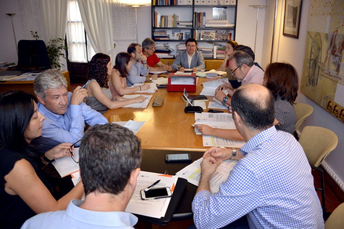 El equipo de Gobierno destaca la unanimidad de los grupos políticos en la consolidación del planeamiento urbano de la ciudad