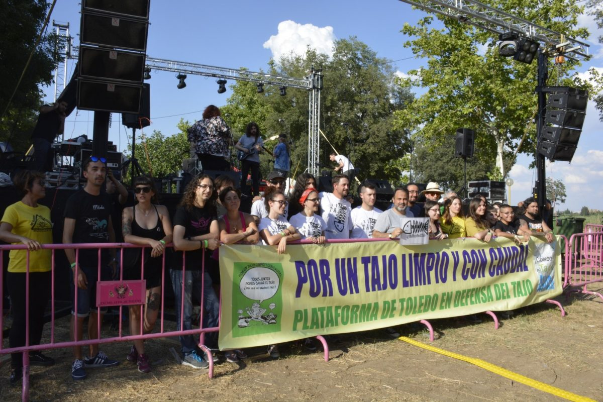 http://www.toledo.es/wp-content/uploads/2018/06/dsc1718-1200x800.jpg. Arranca el Festival Tajo Rock Remember 2018 para volver a alzar la voz a favor del río y denunciar su maltrato