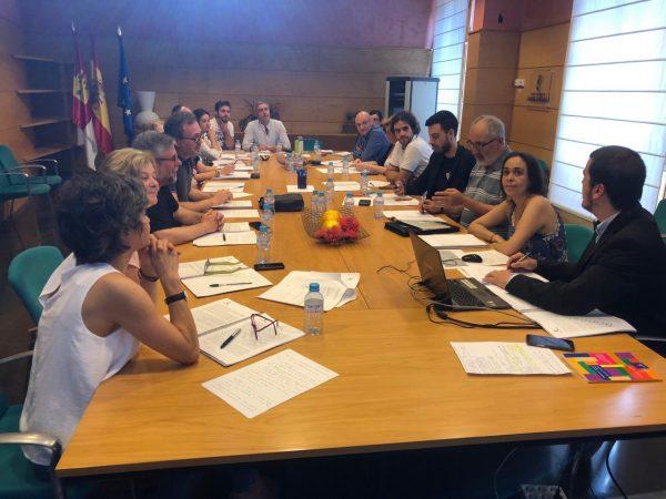 Helena Galán_reunión alcaldes ley participación 01