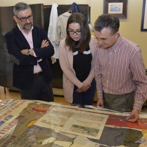 El Día Mundial de los Archivos propicia el intercambio de un cartel del siglo XX y un grabado del siglo XVI entre Toledo y Valladolid