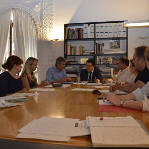 Los agentes sociales valoran las medidas del Gobierno local para incentivar la implantación de empresas y la promoción económica