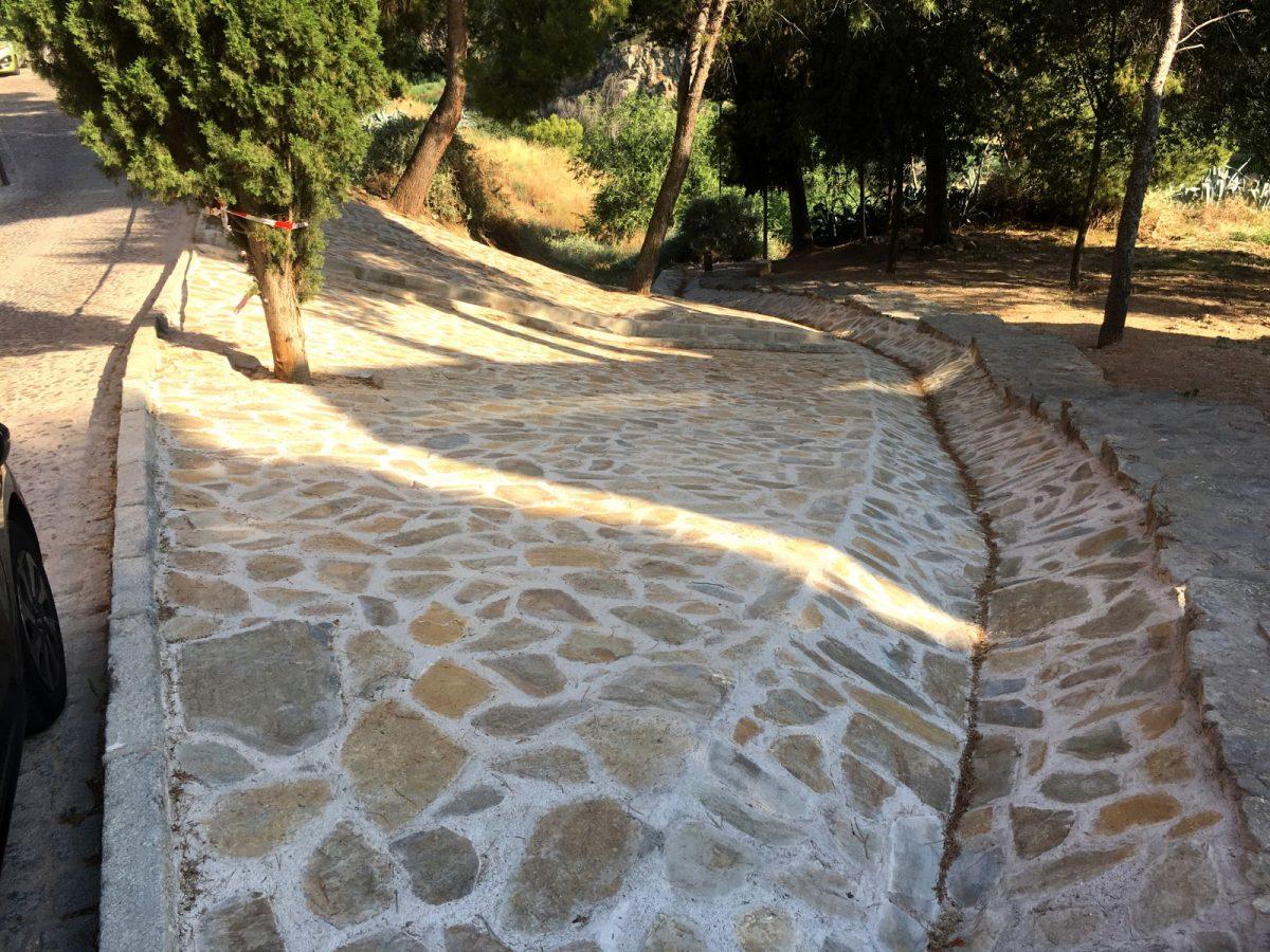 http://www.toledo.es/wp-content/uploads/2018/07/01talud_santa-ana_dps-1200x900.jpg. El Ayuntamiento finaliza las obras para estabilizar el talud de la bajada de Santa Ana que da acceso de la senda ecológica