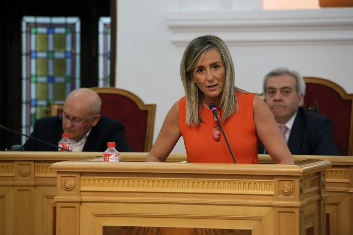 http://www.toledo.es/wp-content/uploads/2018/07/17_debate_estado_ciudad-1200x800.jpg. El Ayuntamiento sumará más de 20 millones para mejoras en el entorno urbano sin recurrir a créditos y reduciendo la deuda local