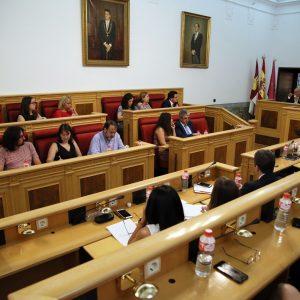 El equipo de Gobierno destaca el trabajo técnico y administrativo en la renovación de hasta nueve servicios municipales