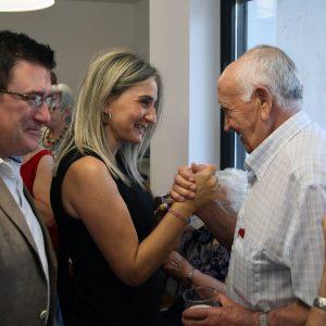 """La alcaldesa destaca """"el valor de las promesas cumplidas"""" en la inauguración del Centro de Mayores 'Ángel Rosa' de Santa Bárbara"""