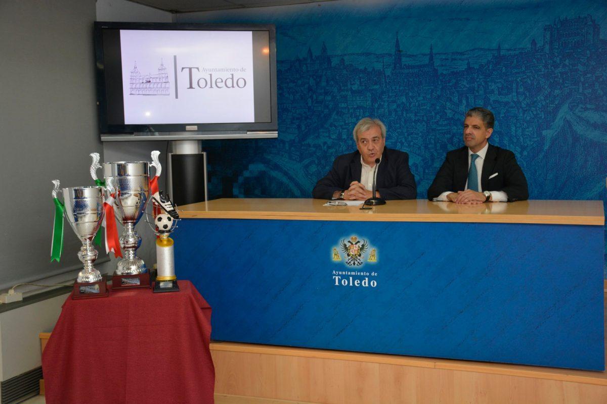 https://www.toledo.es/wp-content/uploads/2018/08/img-20180810-wa0002-1200x800.jpg. Trofeo de Feria de Fútbol / C.D. Toledo – C.P. Cacereño