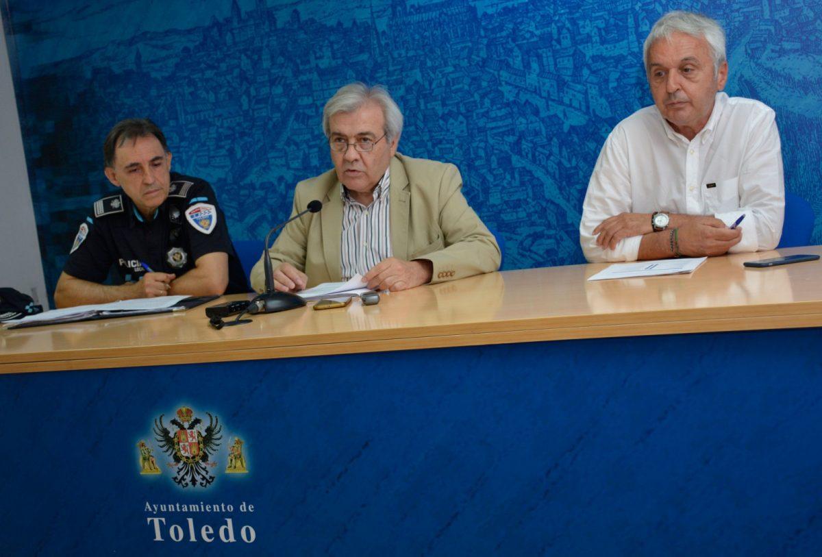 http://www.toledo.es/wp-content/uploads/2018/08/juan-jose-perez-del-pino_puerta-del-cambron_1-1200x813.jpg. Las restricciones de tráfico en la Puerta del Cambrón comienzan el día 3 con la prohibición a vehículos de mercancías y autobuses