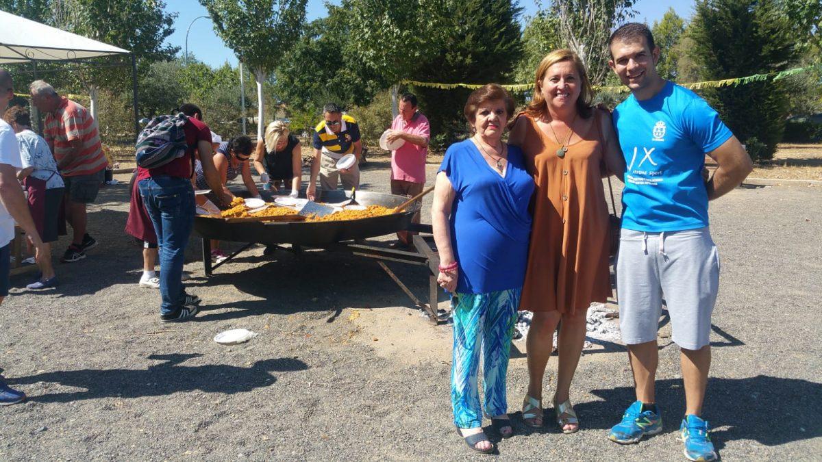 https://www.toledo.es/wp-content/uploads/2018/09/01-40-aniversario-la-candelaria-1200x675.jpeg. El Gobierno local asiste a los actos conmemorativos del 40 aniversario de la asociación vecinal La Candelaria de Azucaica