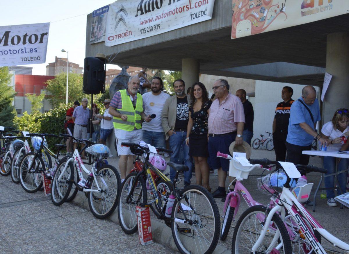https://www.toledo.es/wp-content/uploads/2018/09/01-dia-bicicleta-poligono-1200x874.jpg. El barrio del Polígono celebra su XI edición del Día de la Bicicleta con la participación de cerca de mil personas y el apoyo municipal
