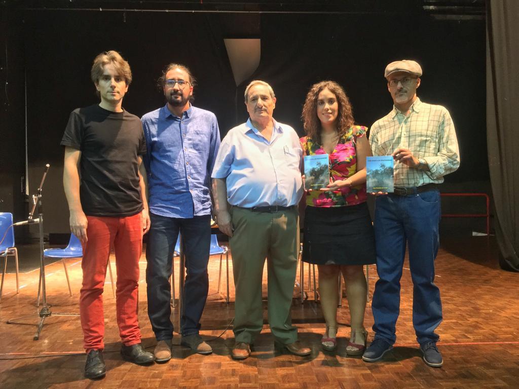 El Gobierno respalda la presentación del poemario 'Con semillas sulfatadas' de Juan González en el Otoño Cultural del Polígono
