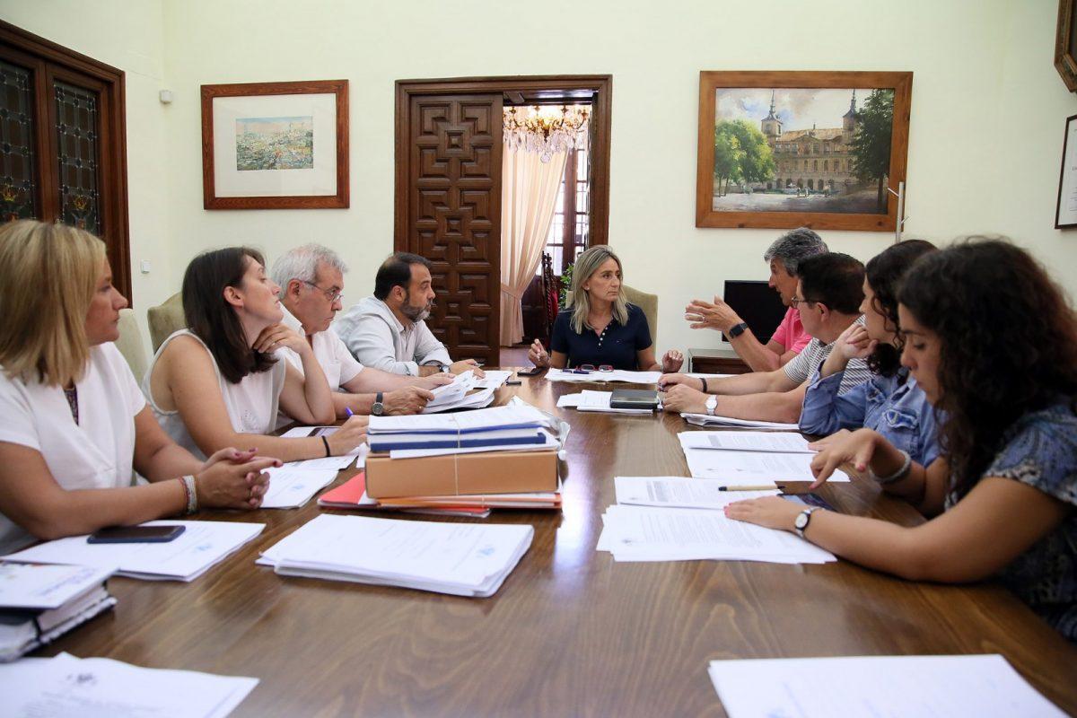 La Junta de Gobierno Local adjudica las obras de mejora del entorno de la pista de atletismo del Polígono