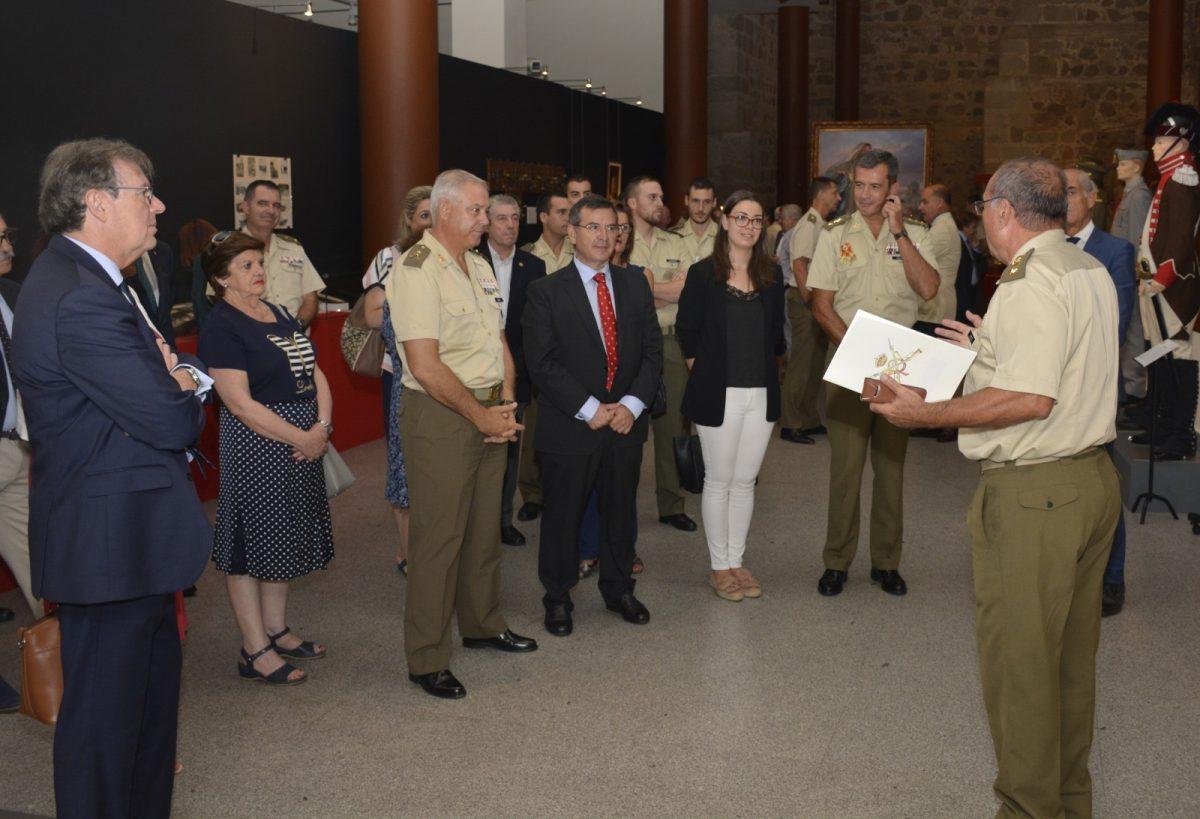 El Consistorio participa en la inauguración de la nueva exposición del Museo del Ejército sobre la Academia de Infantería