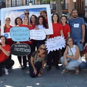 ocodover clama contra la trata de personas y la explotación sexual con una acción artística y la colaboración del Ayuntamiento