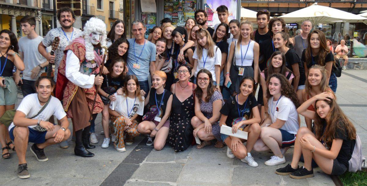 """http://www.toledo.es/wp-content/uploads/2018/09/clausura_voix-vives_01-1200x608.jpg. El Festival de Poesía Voix Vives se convierte en el mejor prólogo posible a un Septiembre Cultural con una agenda """"apasionante"""""""