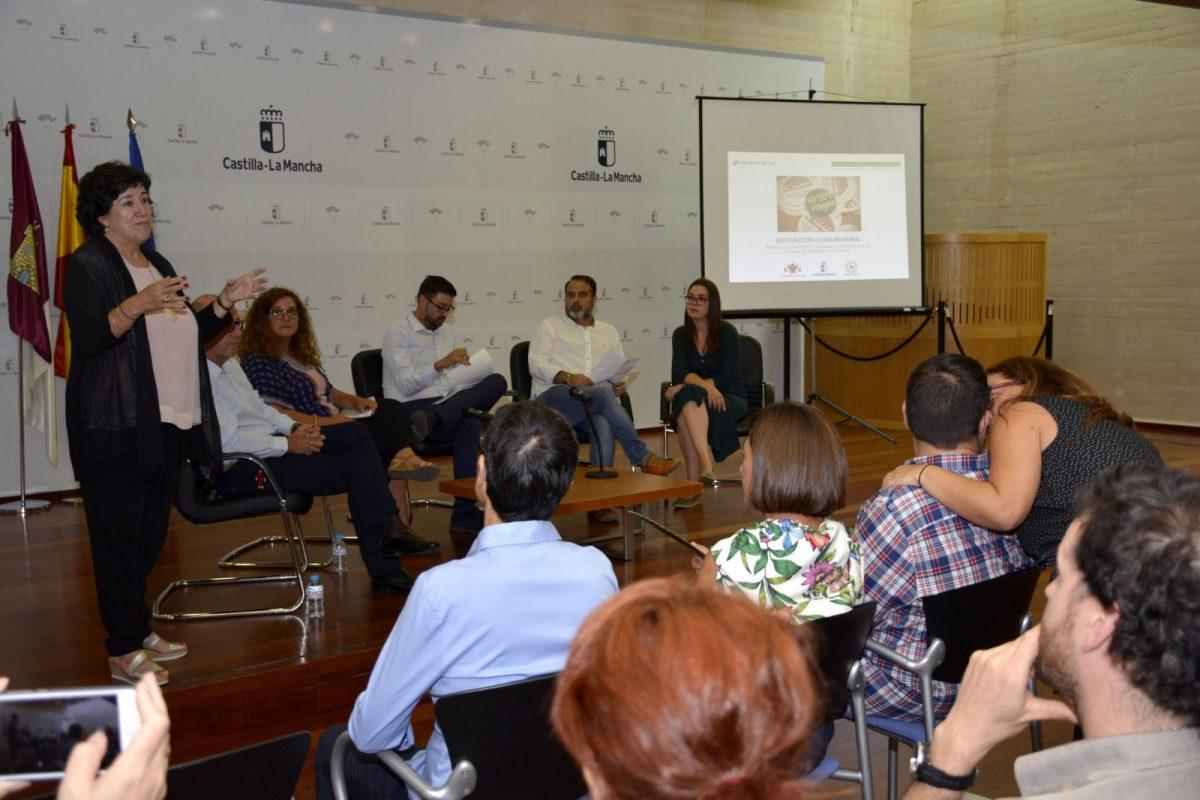 """El Gobierno local da a conocer el Proyecto de Intervención Comunitaria del Polígono en el programa """"Consejería Abierta"""""""