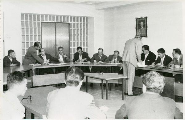 MMH-014-Acto de firma del convenio colectivo de la Construcción en el edificio de Sindicatos_1961 - Fot Flores