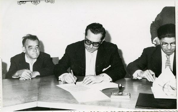 MMH-015-Acto de firma del convenio colectivo de la Construcción en el edificio de Sindicatos_1961 - Fot Flores
