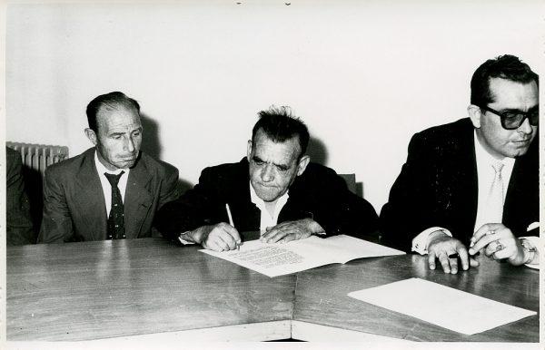 MMH-016-Acto de firma del convenio colectivo de la Construcción en el edificio de Sindicatos_1961 - Fot Flores
