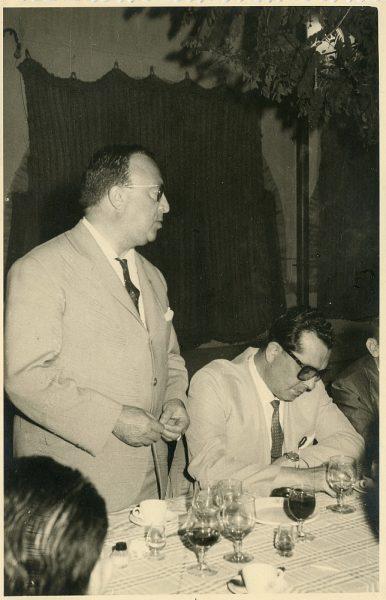 MMH-036-Firma del convenio colectivo de la Construcción en el restaurante Chirón_15-07-1961 - Fot Flores