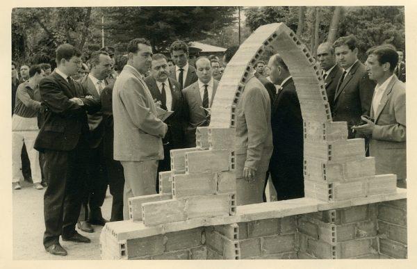 MMH-042-XI Concurso provincial de Albañilería en Paseo de Merchán_1964 - Fot Flores