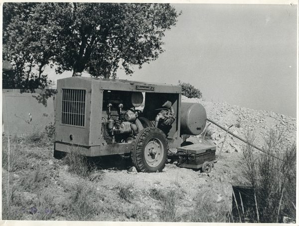 MMH-058-Maquinaria de construcción - Compresor_01-07-1964