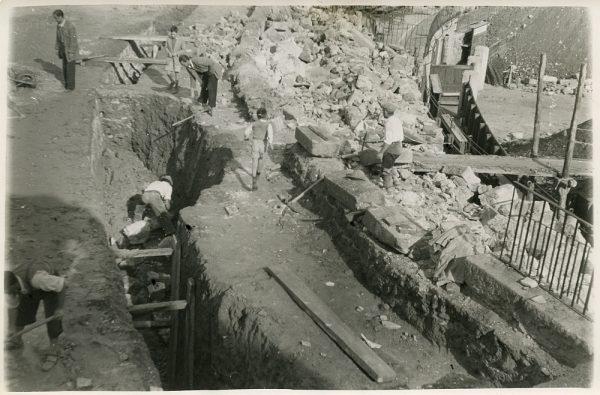 MMH-069-Obras en la plaza de toros de Toledo_1955 - Fot Alfonso
