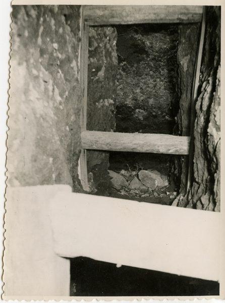 MMH-101-Obras en un pilar en el sifón del canal de aguas del Torcón_Septiembre de 1952 - Fot Flores