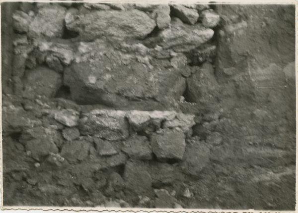 MMH-106-Obras en un pilar en el sifón del canal de aguas del Torcón_Septiembre de 1952