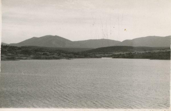 MMH-122-Obras en un pilar en el sifón del canal de aguas del Torcón_Septiembre de 1952