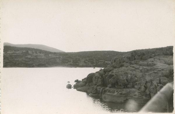 MMH-123-Obras en un pilar en el sifón del canal de aguas del Torcón_Septiembre de 1952