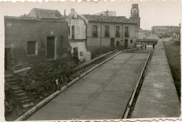 MMH-150-Urbanización de la cuesta de Capuchinos_ca 1955