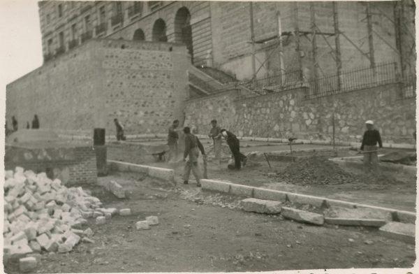 MMH-159-Urbanización de la cuesta de Capuchinos_ca 1955