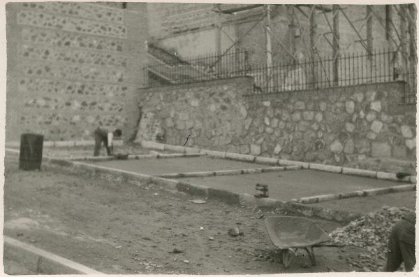 MMH-163-Urbanización de la cuesta de Capuchinos_ca 1955