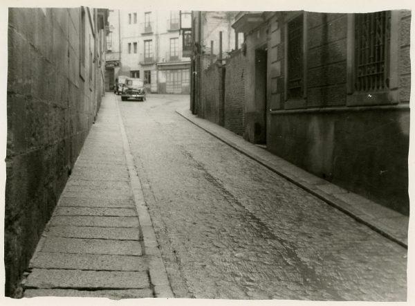 MMH-194-Vista de la calle de Nuncio Viejo_ca 1960 - Fot Celestino