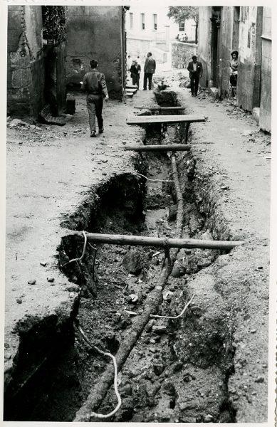 MMH-213-Obras de urbanización en la calle Tendillas_1959 - Fot Flores