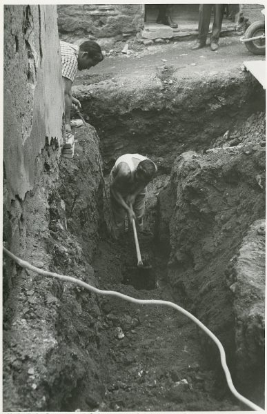 MMH-216-Obras de urbanización en la calle Tendillas_1959 - Fot Flores