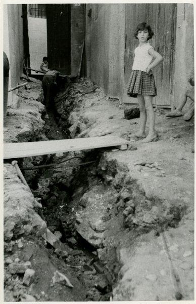 MMH-230-Obras de urbanización en la calle y plaza Buzones_1959 - Fot Flores