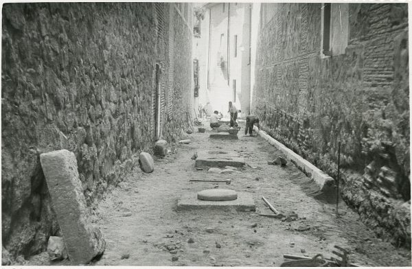 MMH-235-Obras de urbanización en la calle y plaza Buzones_1959 - Fot Flores