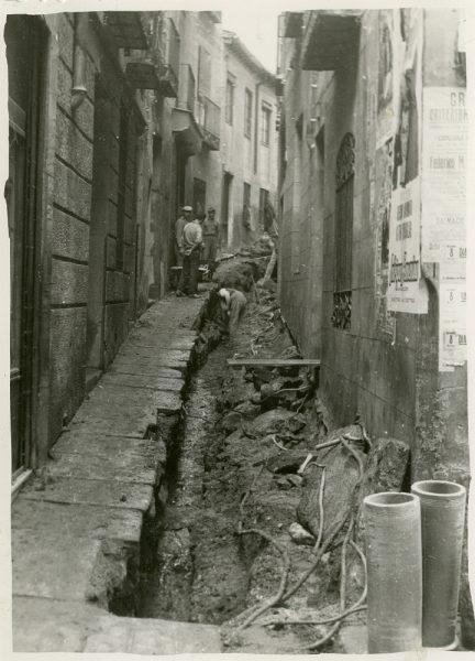 MMH-239-Obras de urbanización en la cuesta de la Sal_1960 - Fot Celestino